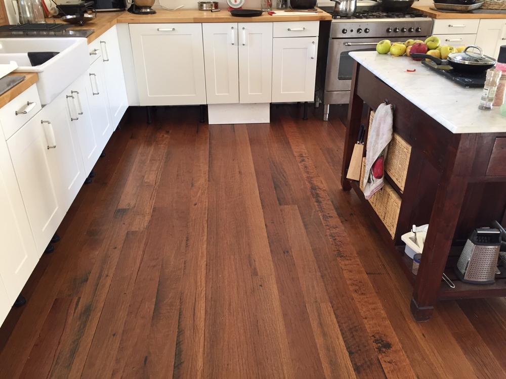 Q Stores Flooring