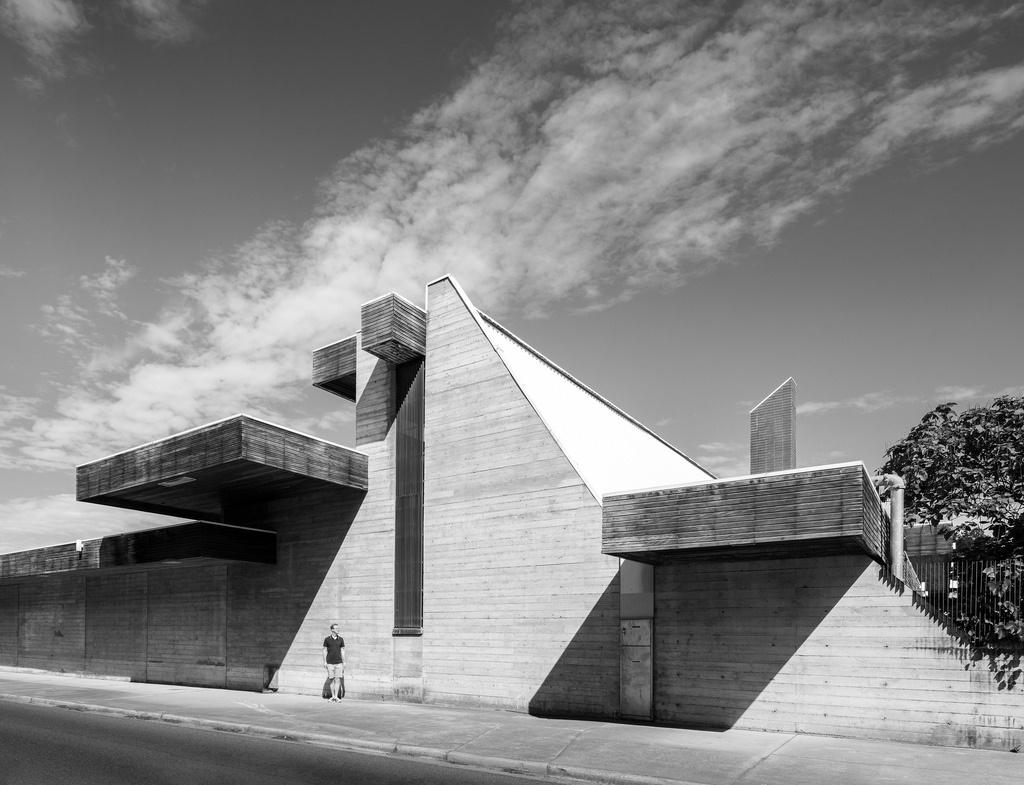 The Australian War Memorial Annex by Enrico Taglietti Photo: Darren Bradley.