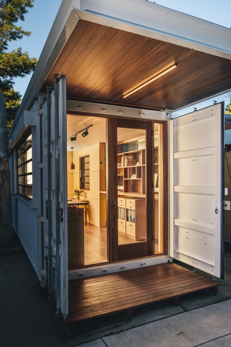The finished Shipping Container Office