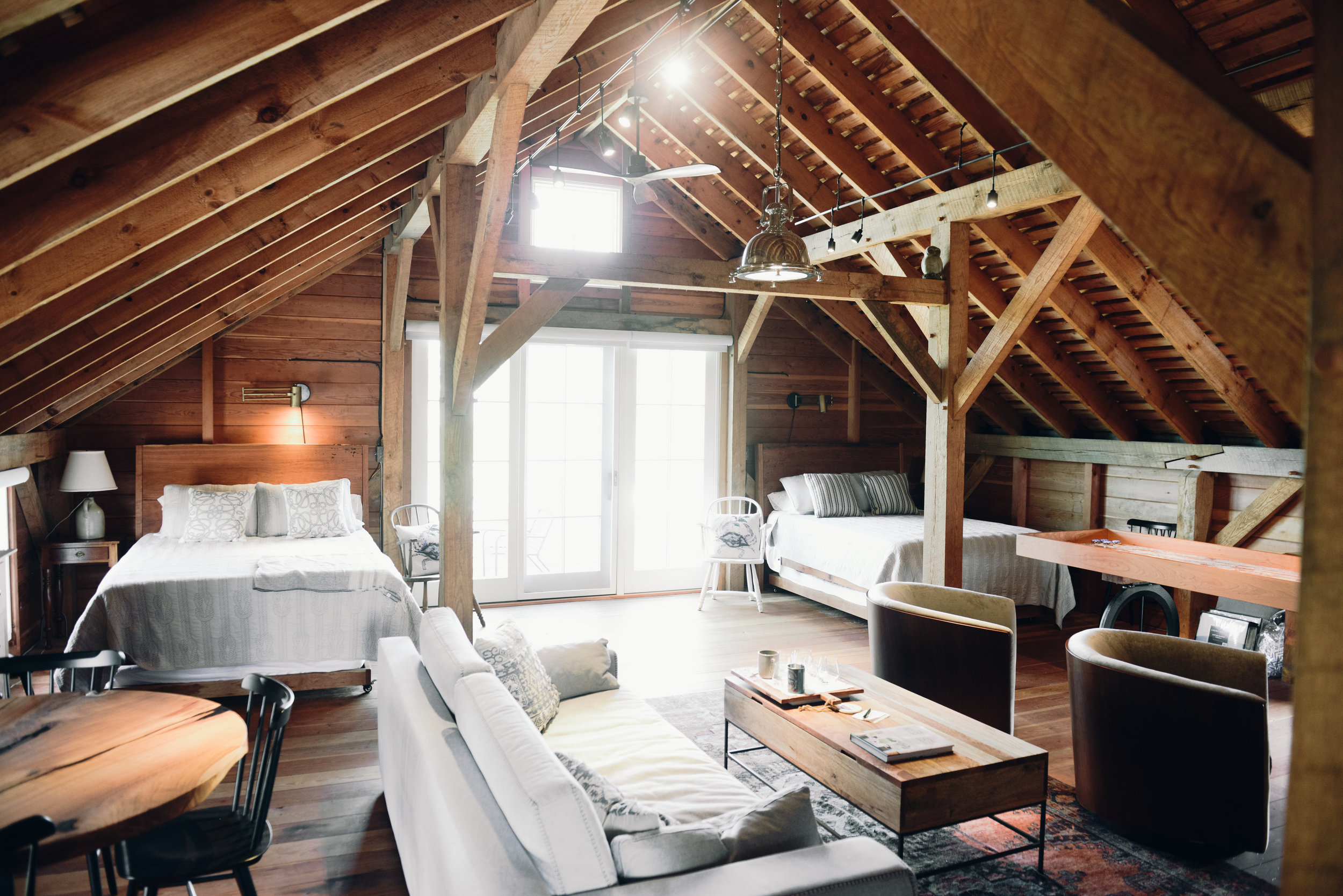 Rustic Barn Lodge