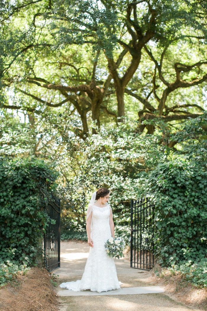Hopelands Gardens bridal portraits
