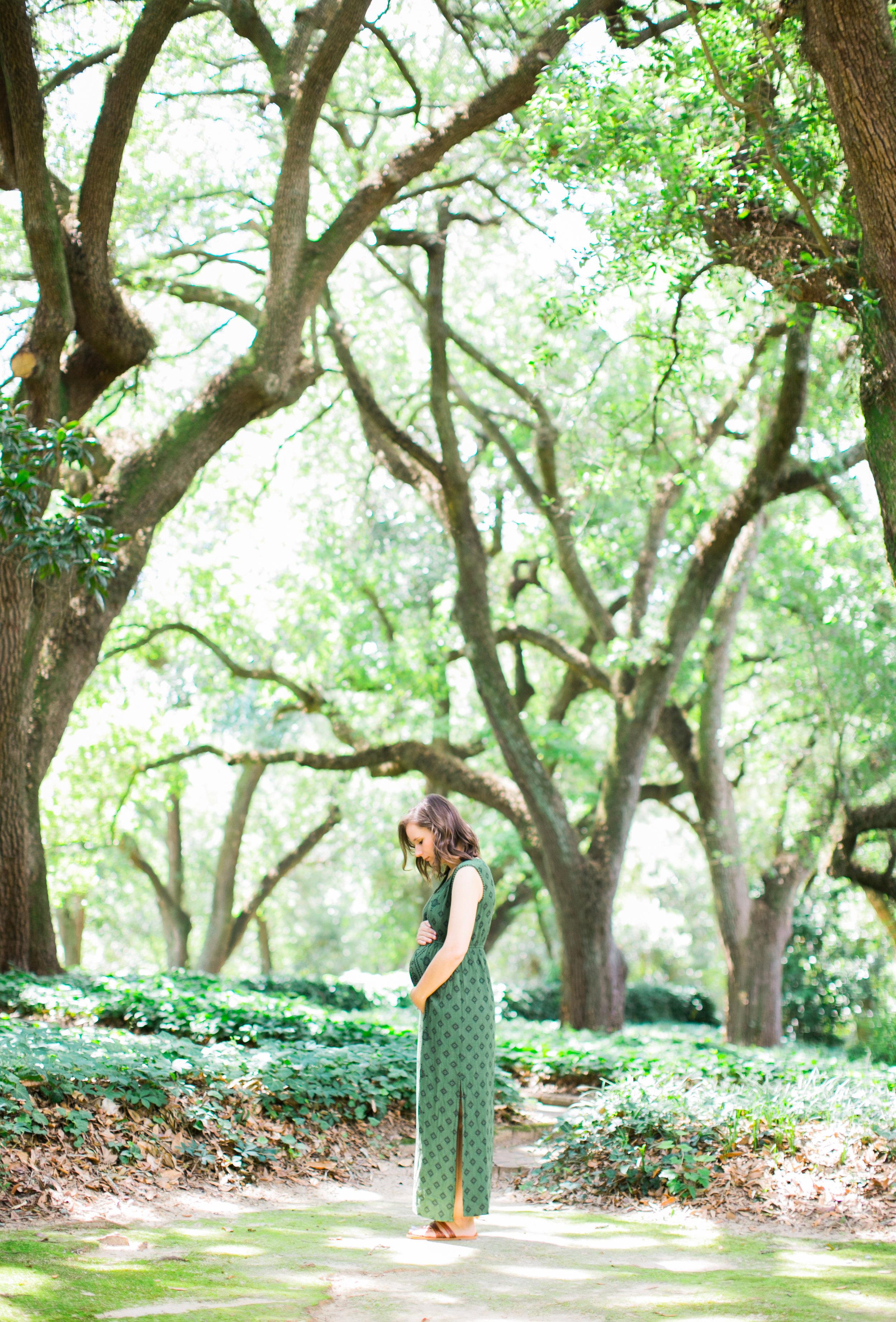 Hopelands Gardens maternity session