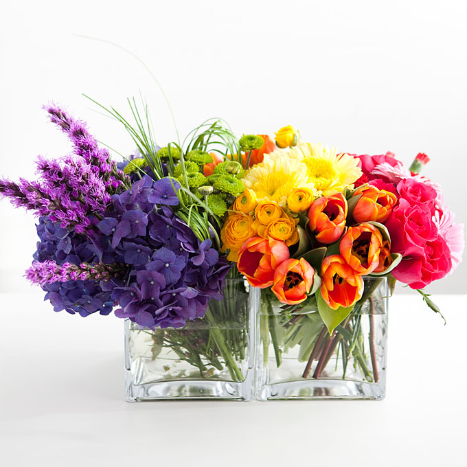 We love the rainbow centerpiece! Very clever!