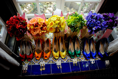Coordinating bouquets and shoes - oh my. :)