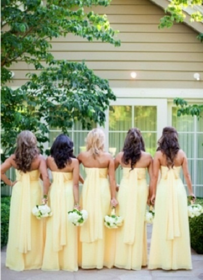 Pale Yellow Bridesmaids all pretty in a row!