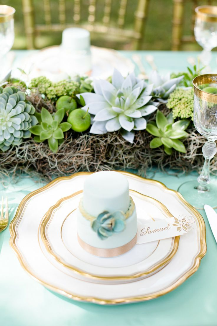 This sweet and elegant Mint Green table setting really sets a beautiful tone for this event!