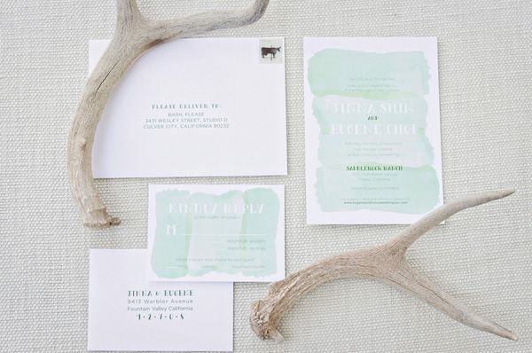 We love this simple yet beautiful approach to watercolor for an invitation suite.