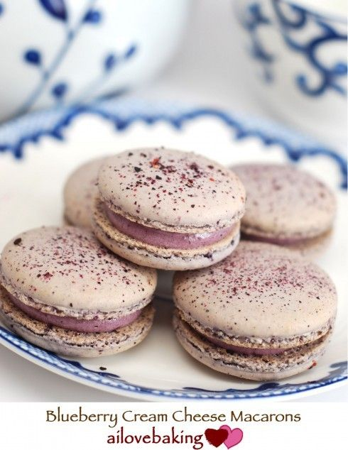 Macarons are all the rage now and the blueberry macaron is so pretty!
