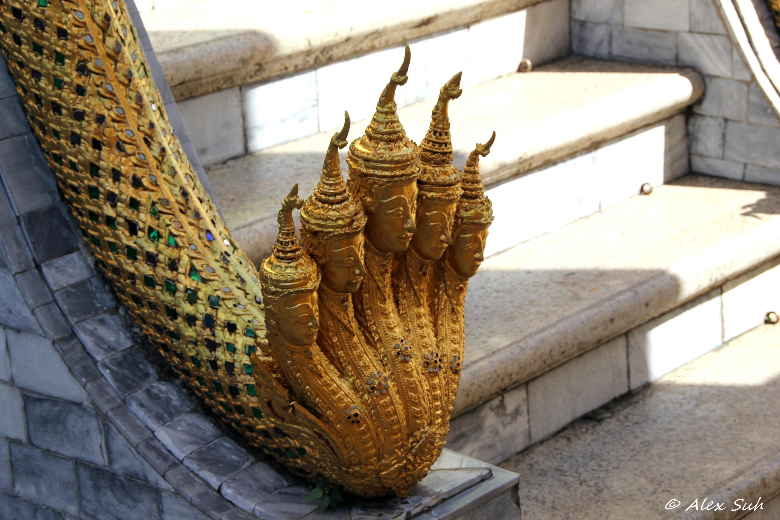 Golden Snake Multi Head Thai.jpg