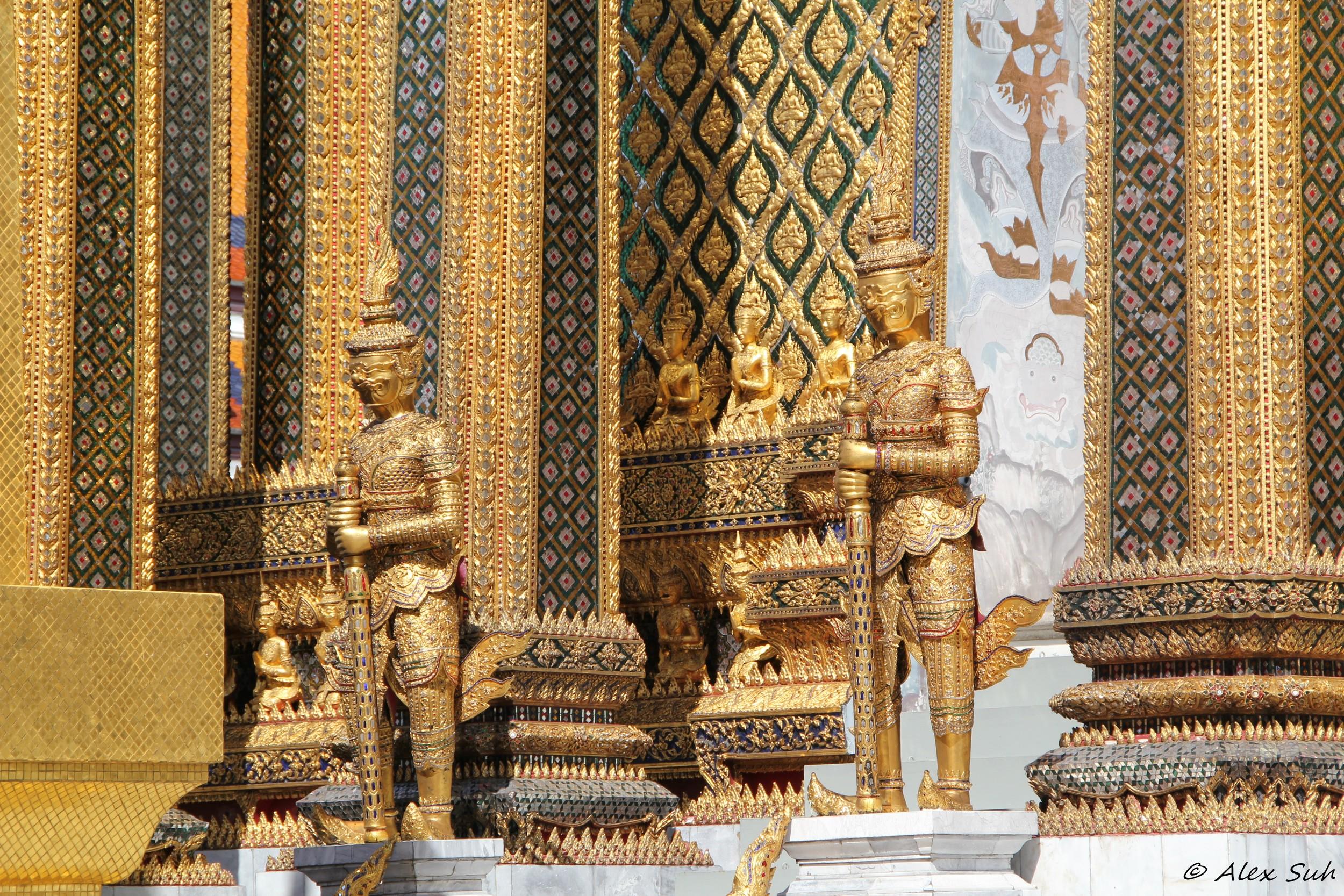 Thai Golden Statues.jpg