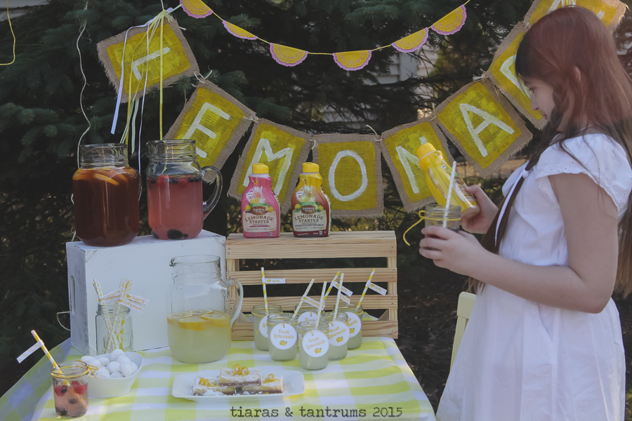 Lemonade Stand Themed Photo Sessions