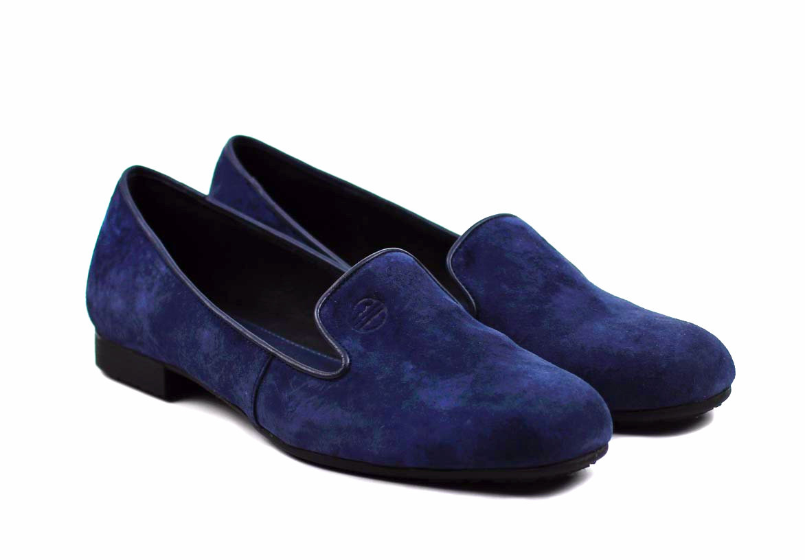 Stay fashion-forward this winter in the Classic Flats Sapphire Blue flat from Rhea Footware.