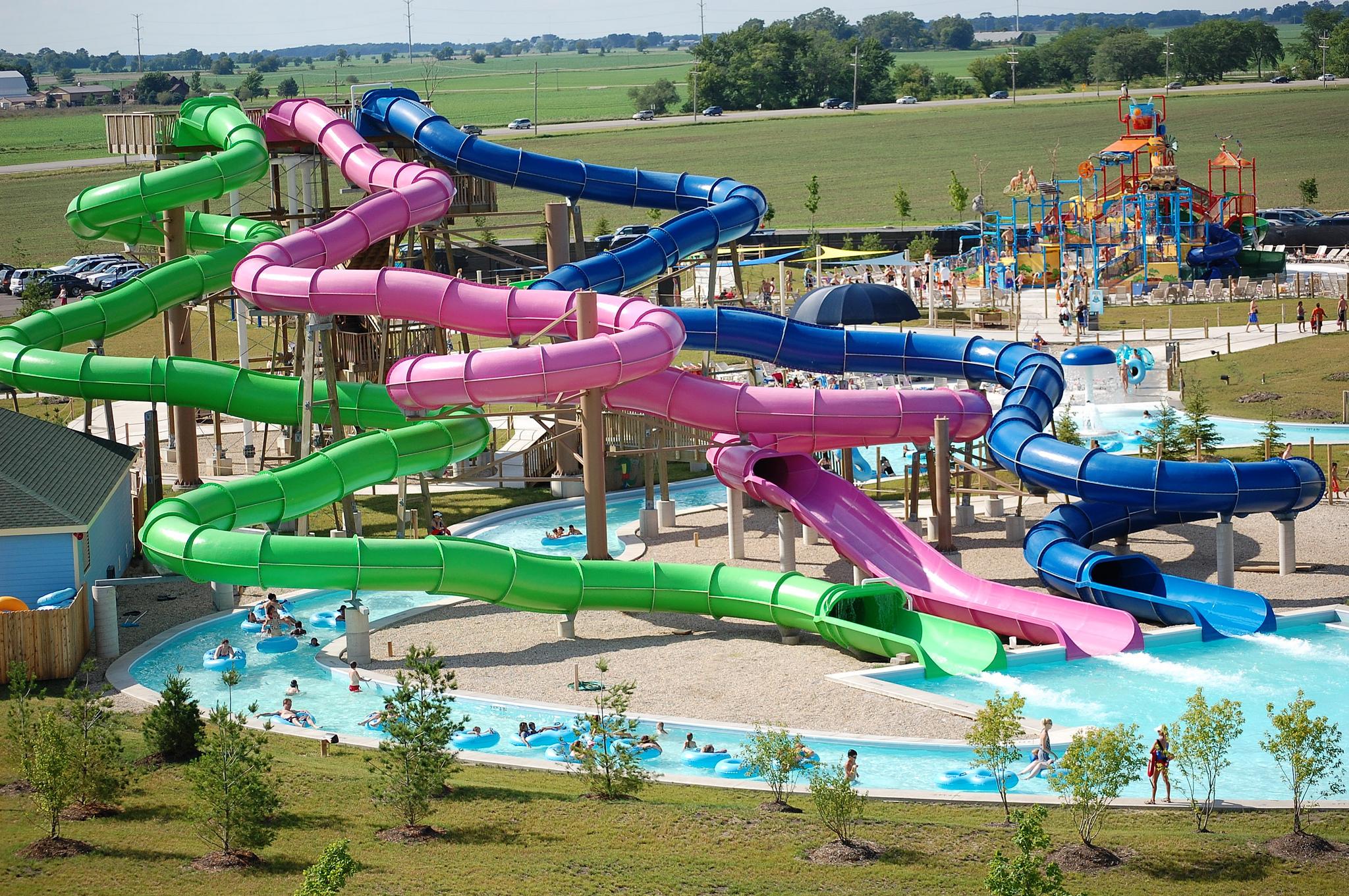 Top 5 Reason to Have Summer Fun at Raging Waves Waterpark