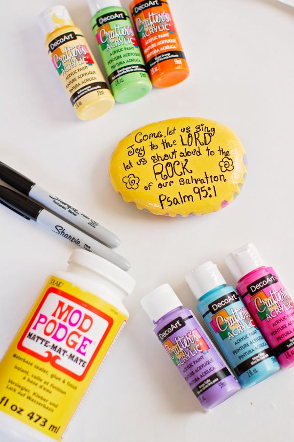Making memora-BULL Kindness Rocks