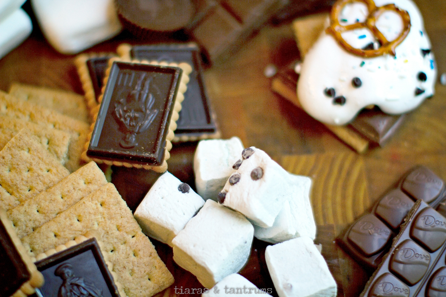 DIY S'MORES BOARD