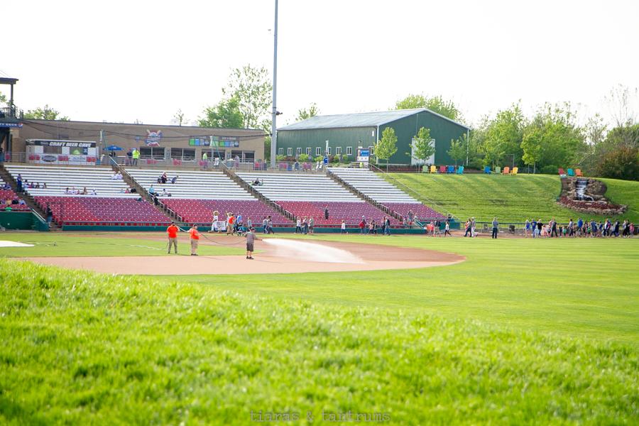 10 Reasons To Take Your Kids to A Minor League Baseball Game #KCCougars #KaneCountyCougars #YourCougars #baseball