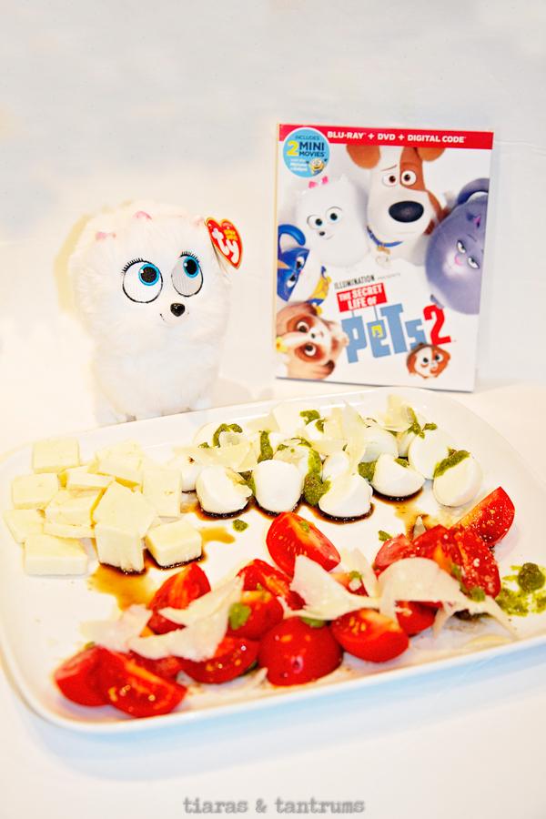 Burrata Pomodori | Simple Caprese Salad #capresesalad #summersalad #tomatosalad #burrata #burratapomodori #Thesecretlifeofpets2