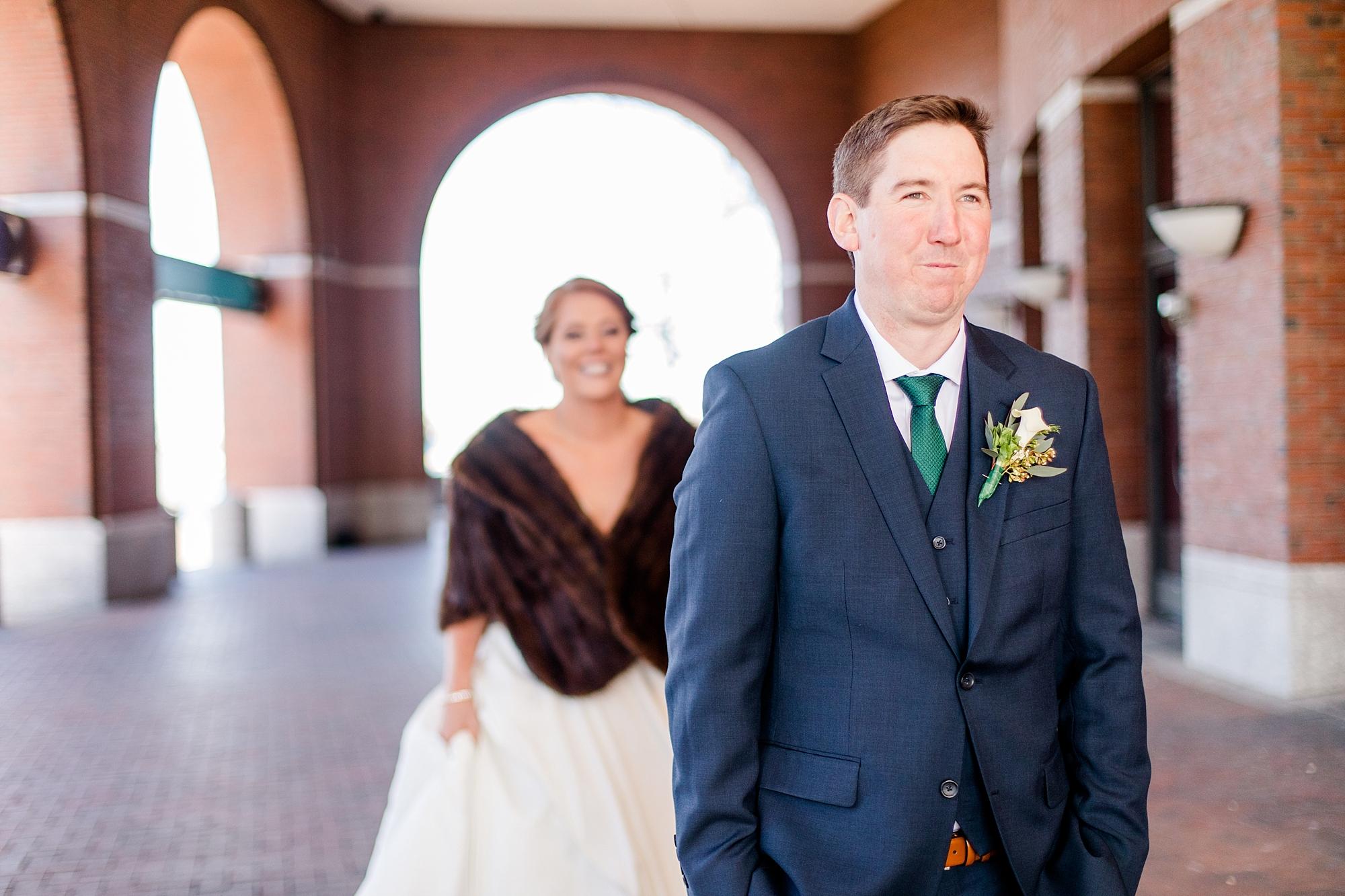 eisleyimages-irish-wedding-boston-seaport_0040.jpg