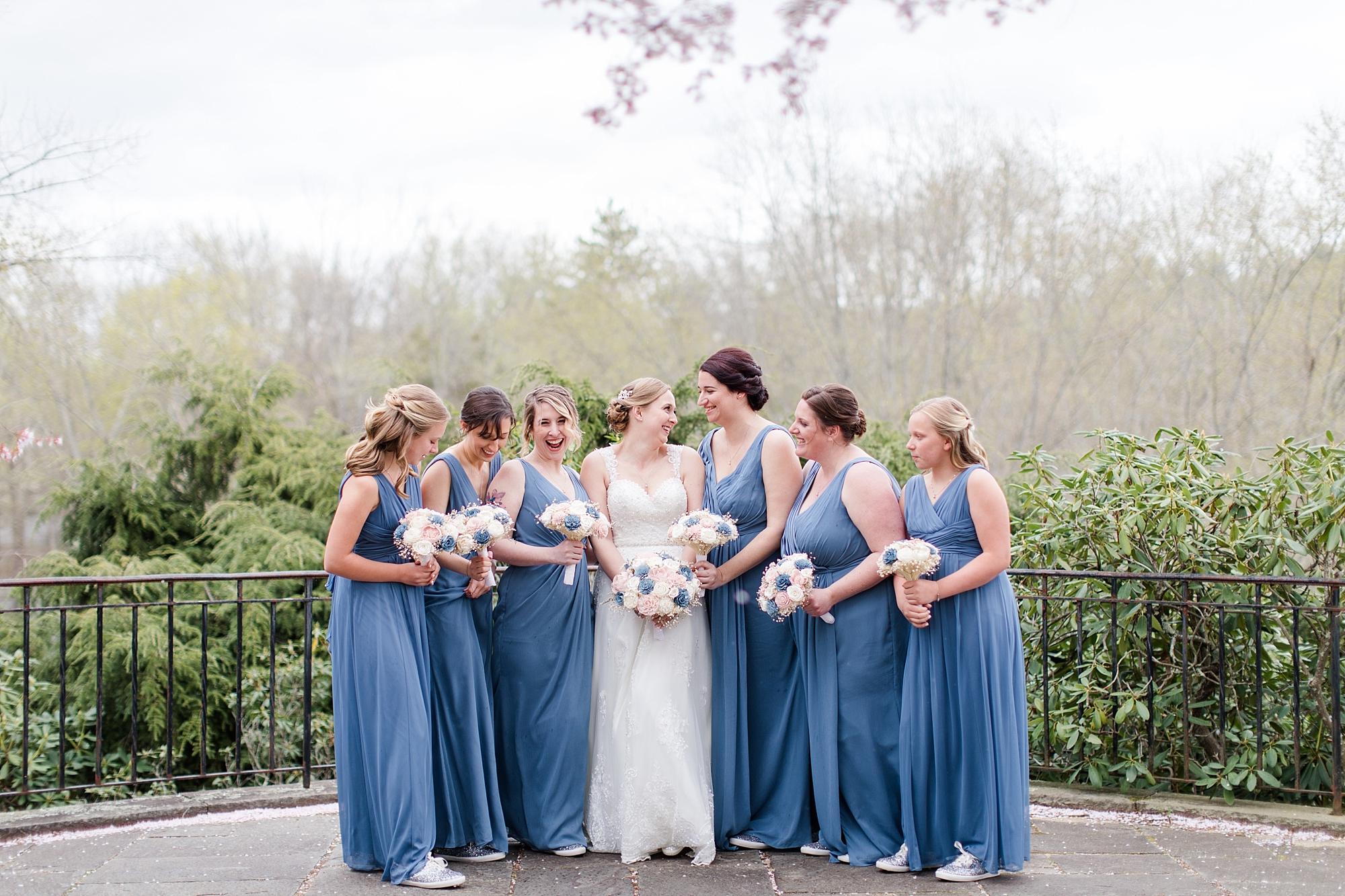 eisleyimages-concordcolonialinn-wedding_0049.jpg