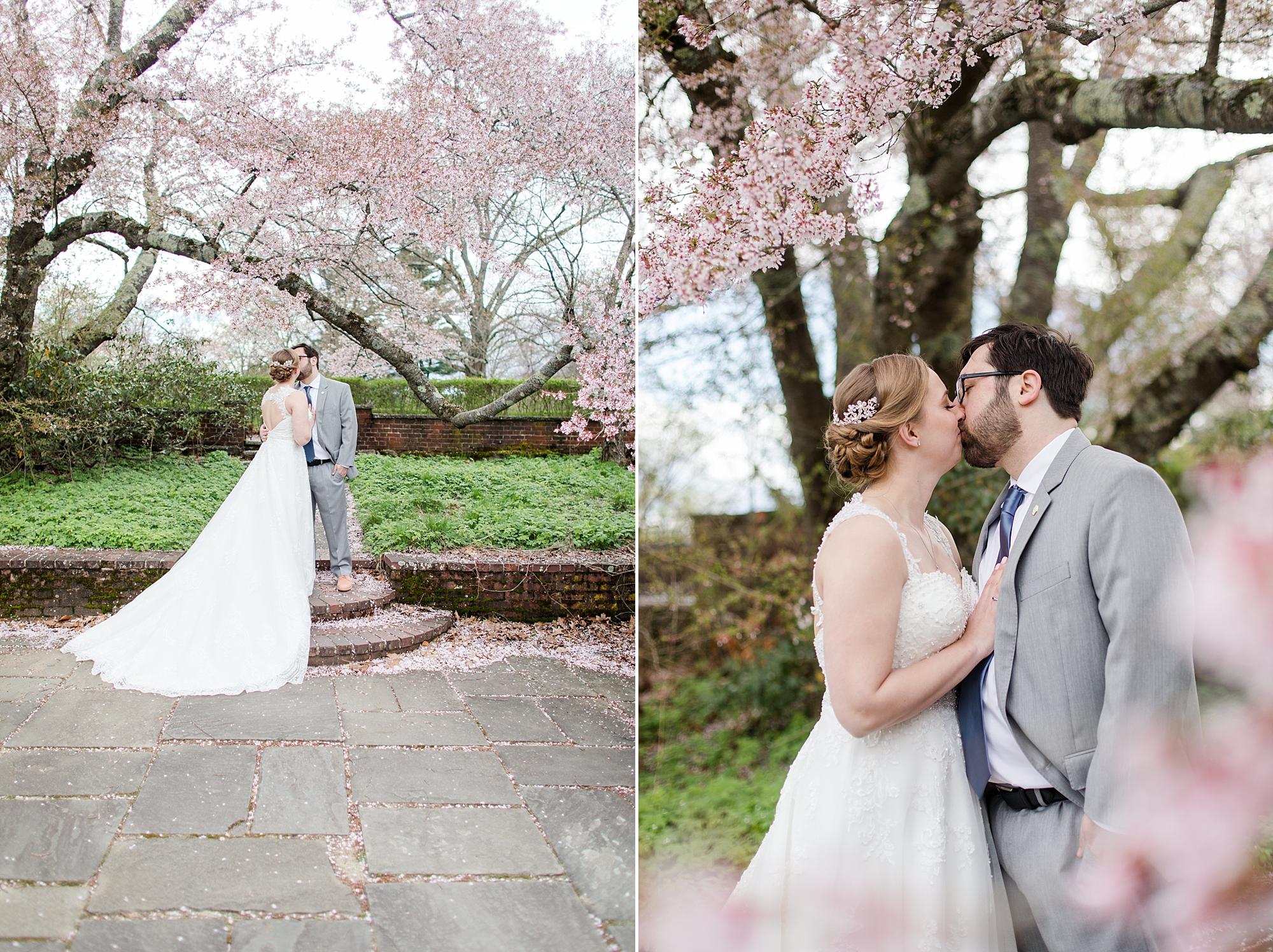 eisleyimages-concordcolonialinn-wedding_0055.jpg