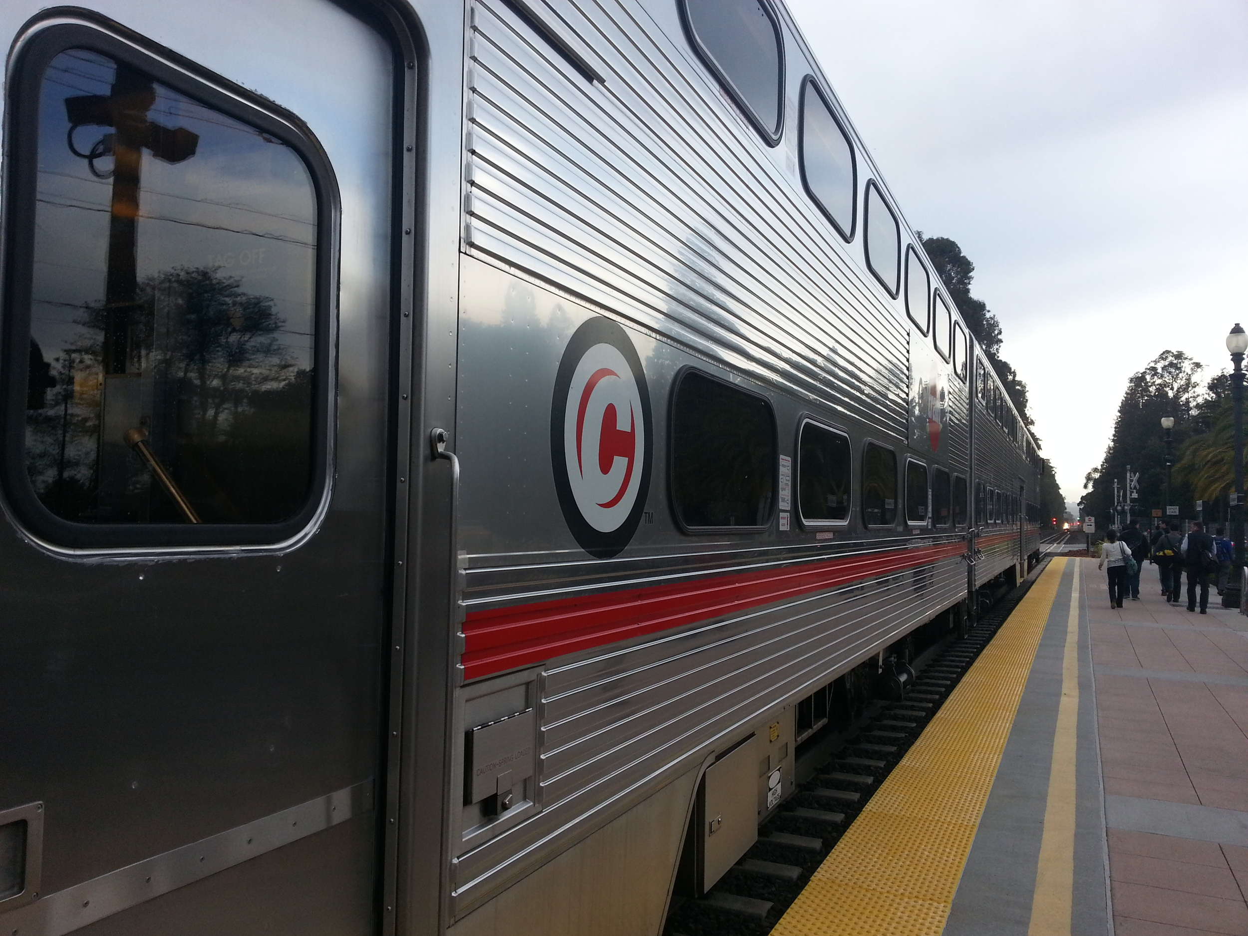 Northboard caltrain
