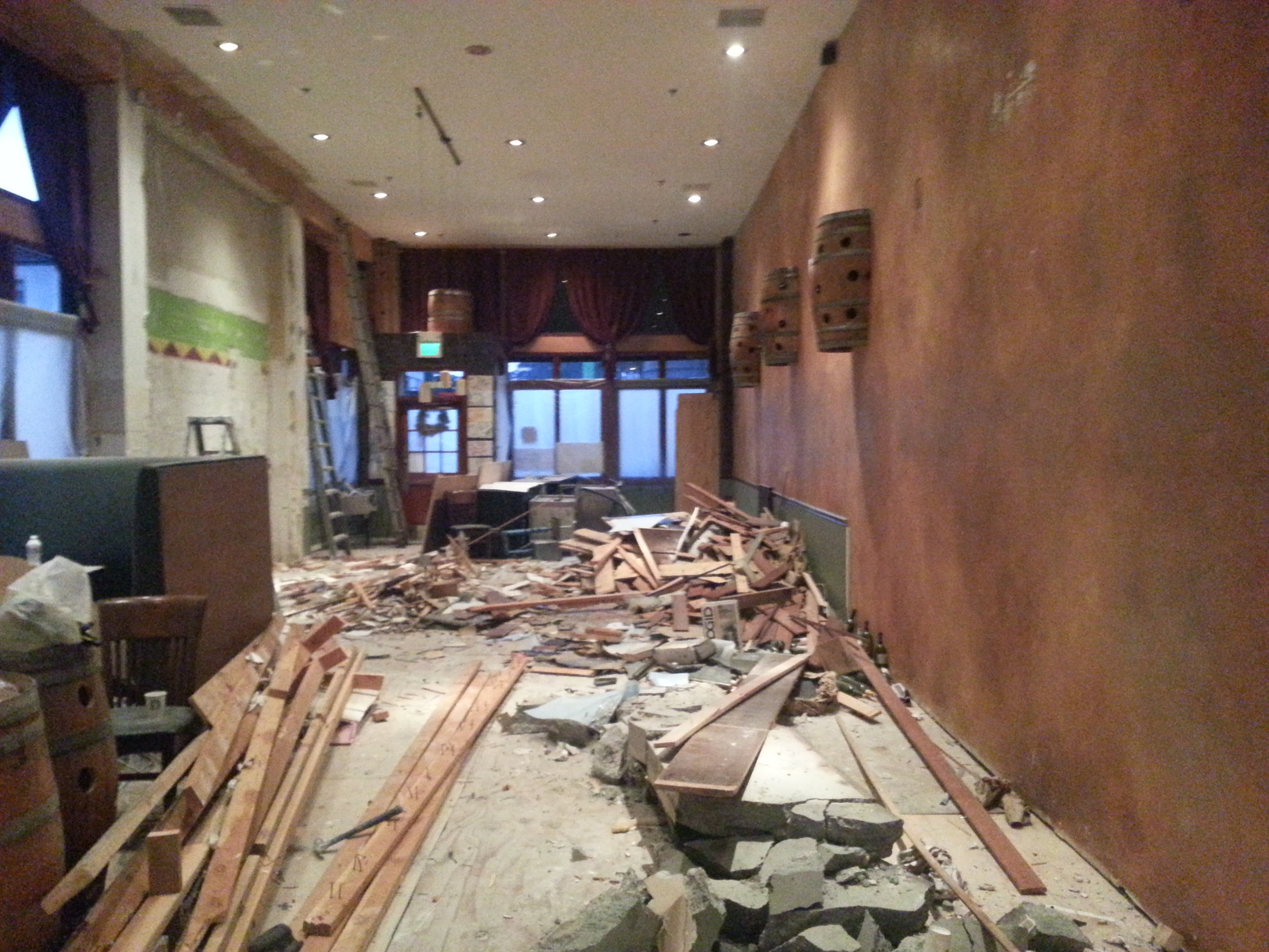 Demolishing to begin a new restaurant