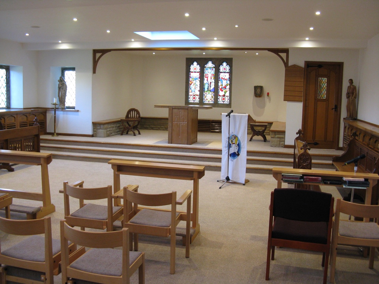 chapelcomplete5.jpg