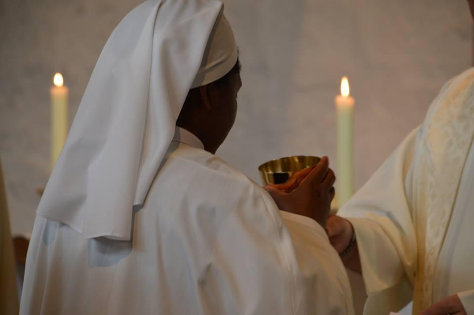 communion2.jpg