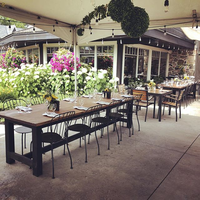 Come check out our new patio set up!  #tableforten ✔️ #patio #lakerosseau #rosseau