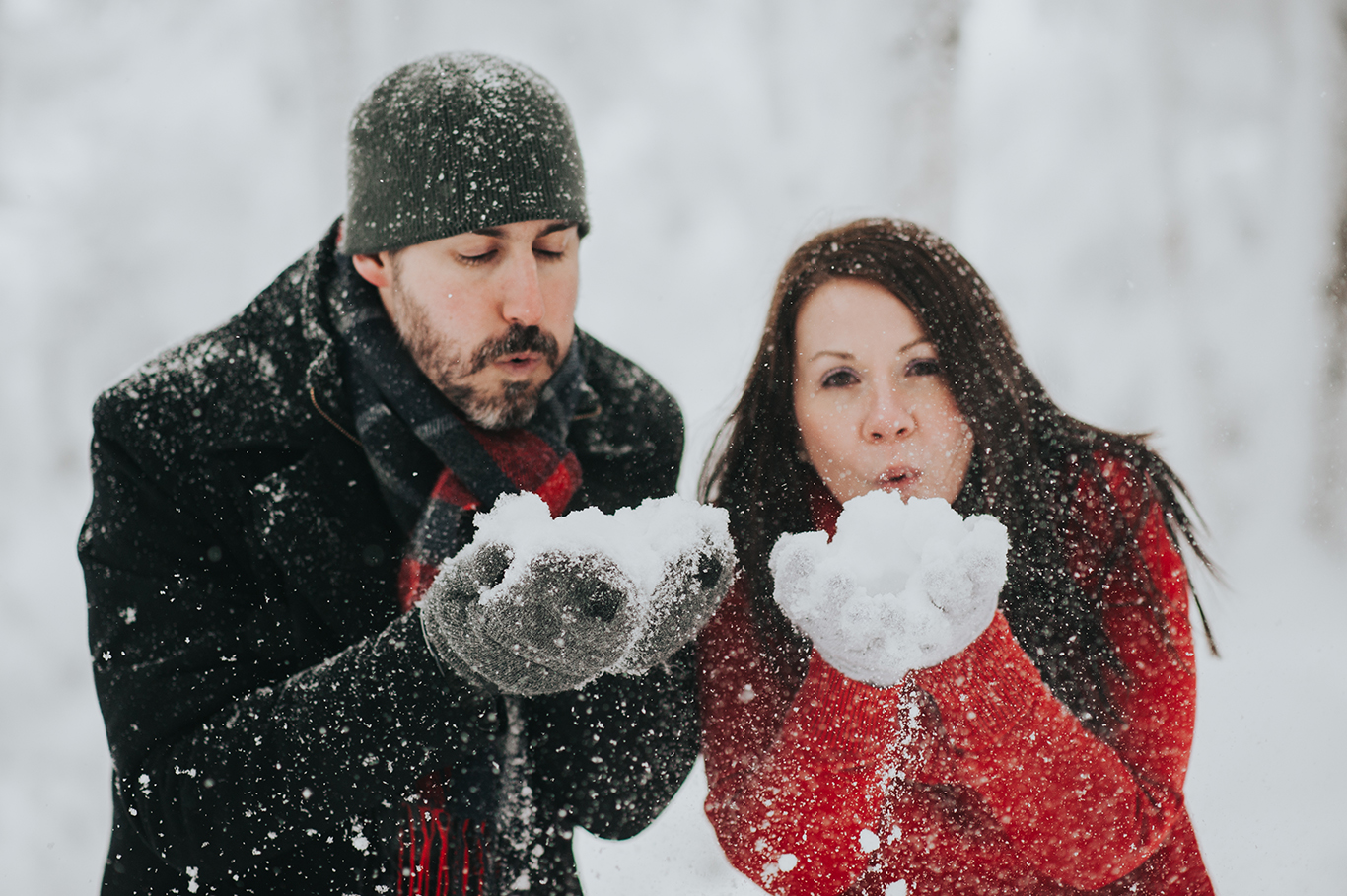 Fun-Engagement-Shot-Blowing-Snow-KillingonPeak-Vermont