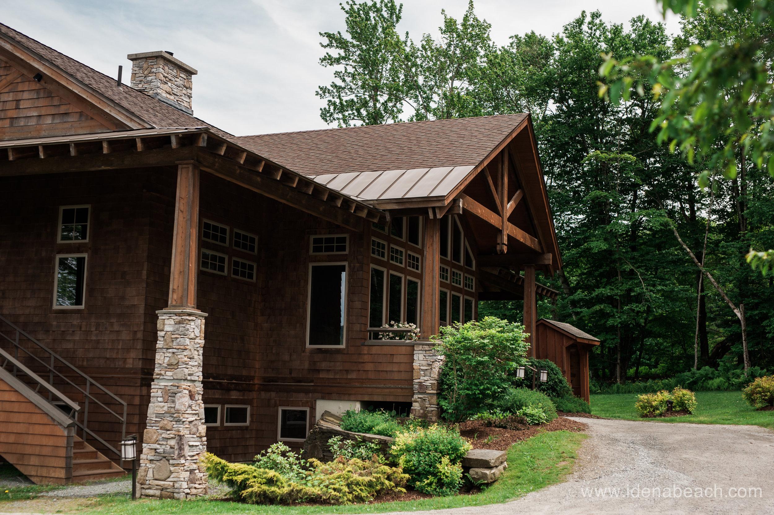 Mountain-Top-Inn-Vermont-Wedding-Photographer-10.jpg