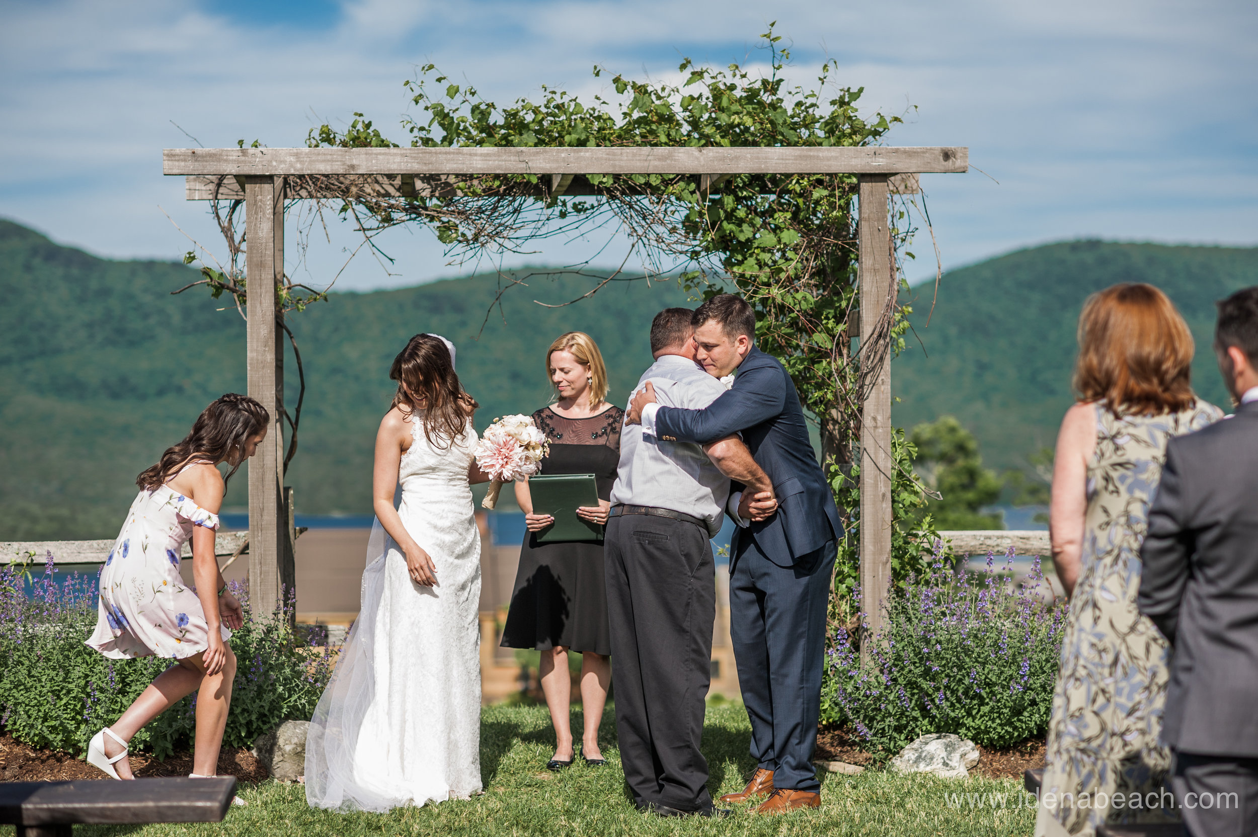 Mountain-Top-Inn-Vermont-Wedding-Photographer-41.jpg
