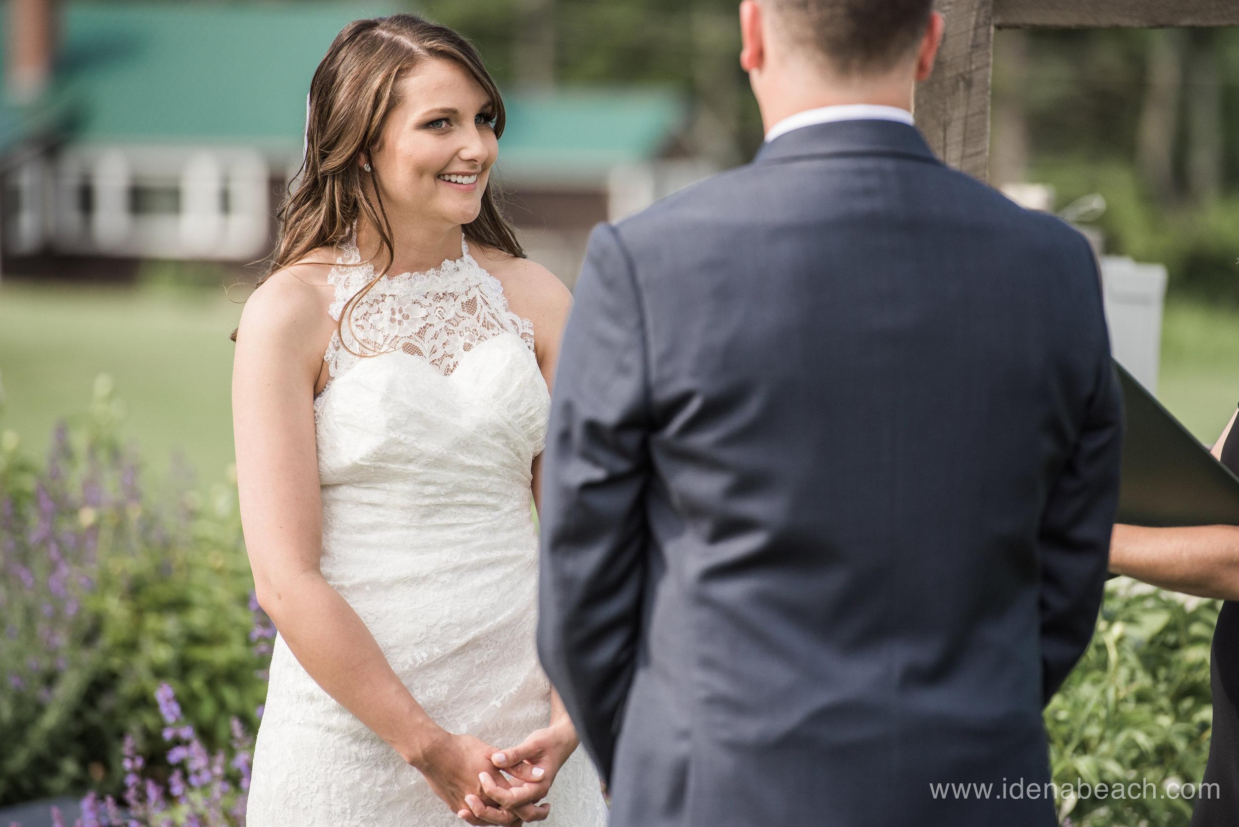 Mountain-Top-Inn-Vermont-Wedding-Photographer-48.jpg