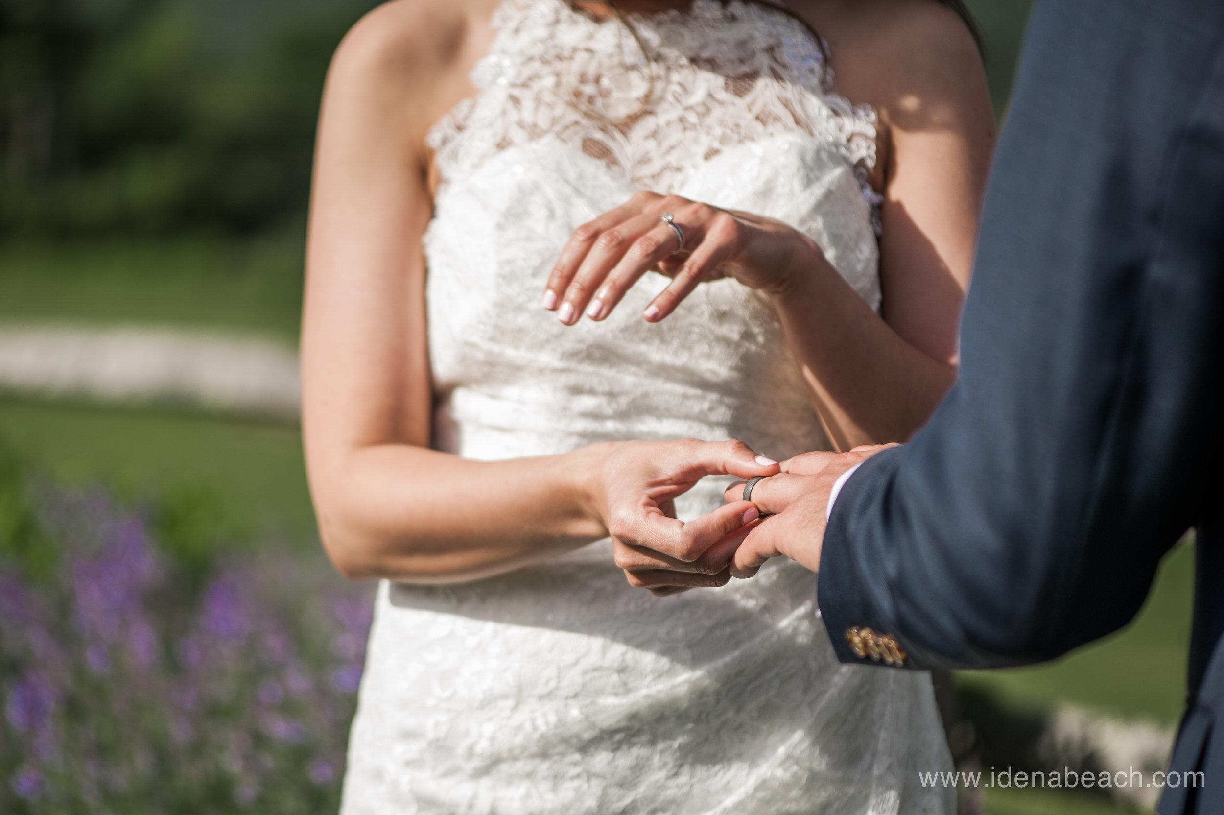 Mountain-Top-Inn-Vermont-Wedding-Photographer-59.jpg