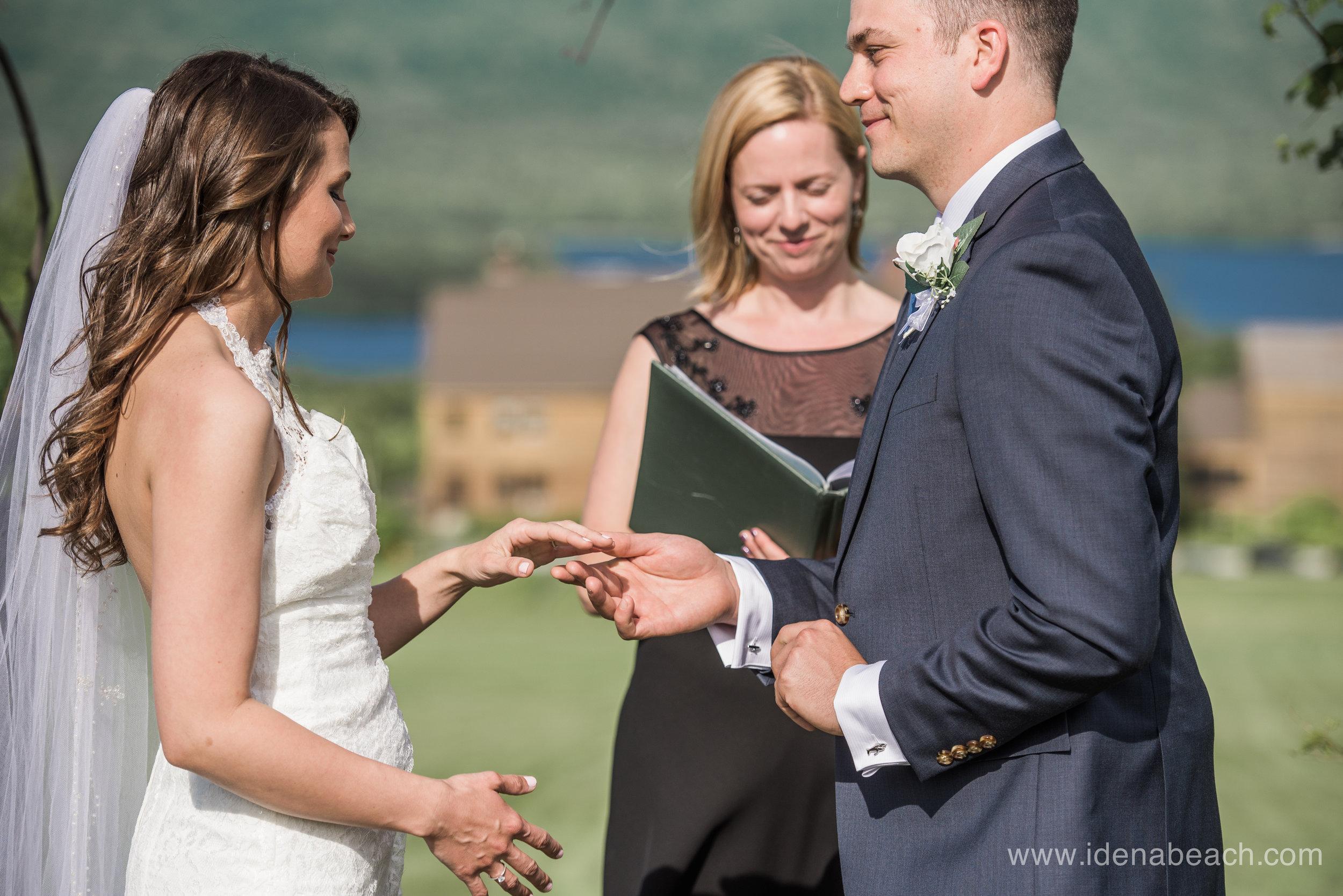 Mountain-Top-Inn-Vermont-Wedding-Photographer-58.jpg