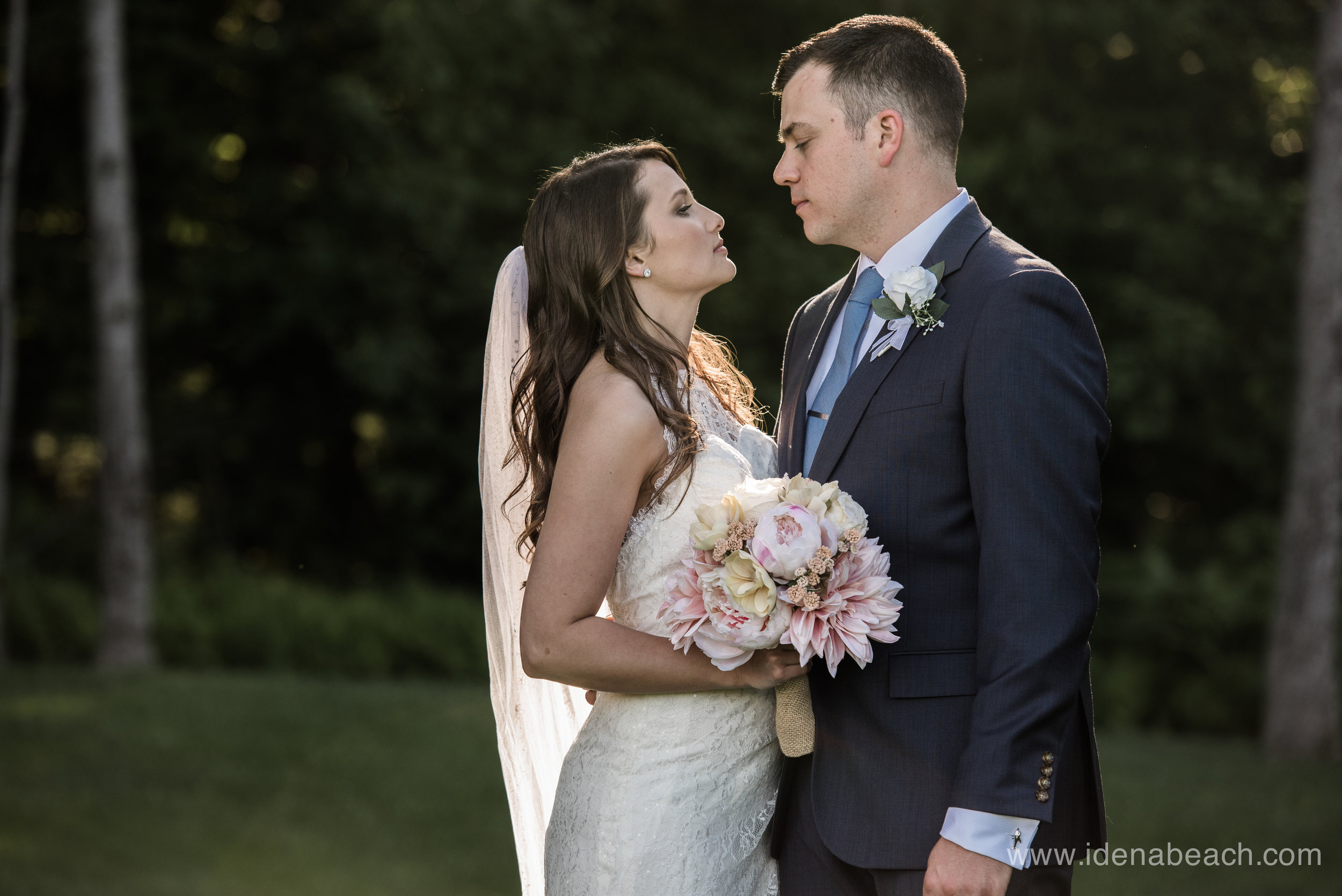 Mountain-Top-Inn-Vermont-Wedding-Photographer-100.jpg
