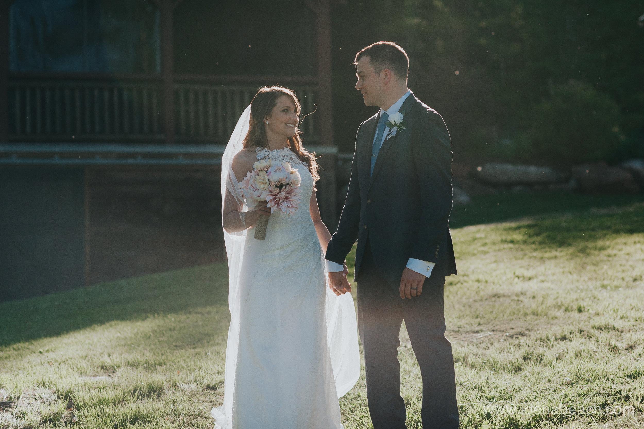 Mountain-Top-Inn-Vermont-Wedding-Photographer-106.jpg