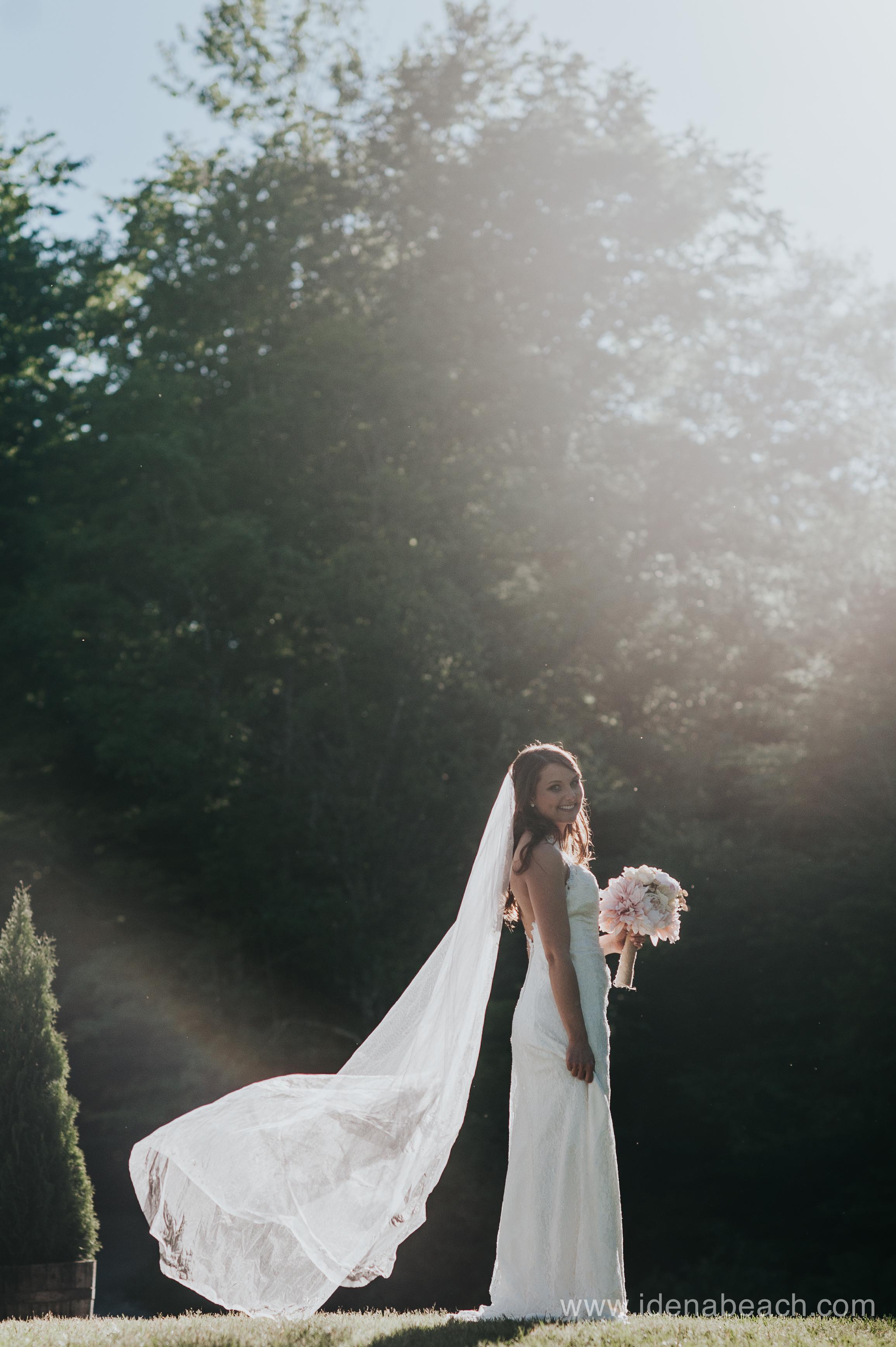 Mountain-Top-Inn-Vermont-Wedding-Photographer-110.jpg