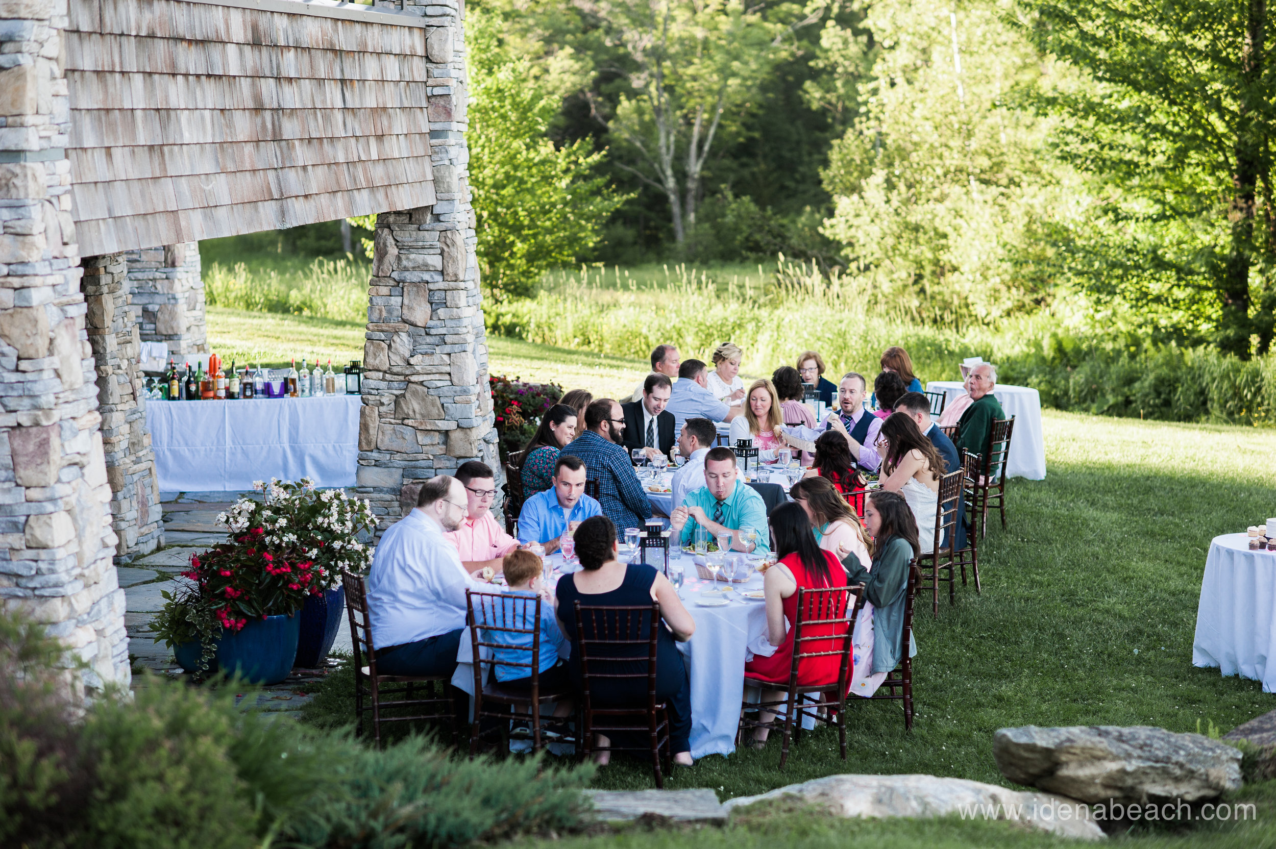Perfect outdoor reception at The Jewel at Mountain Top Inn