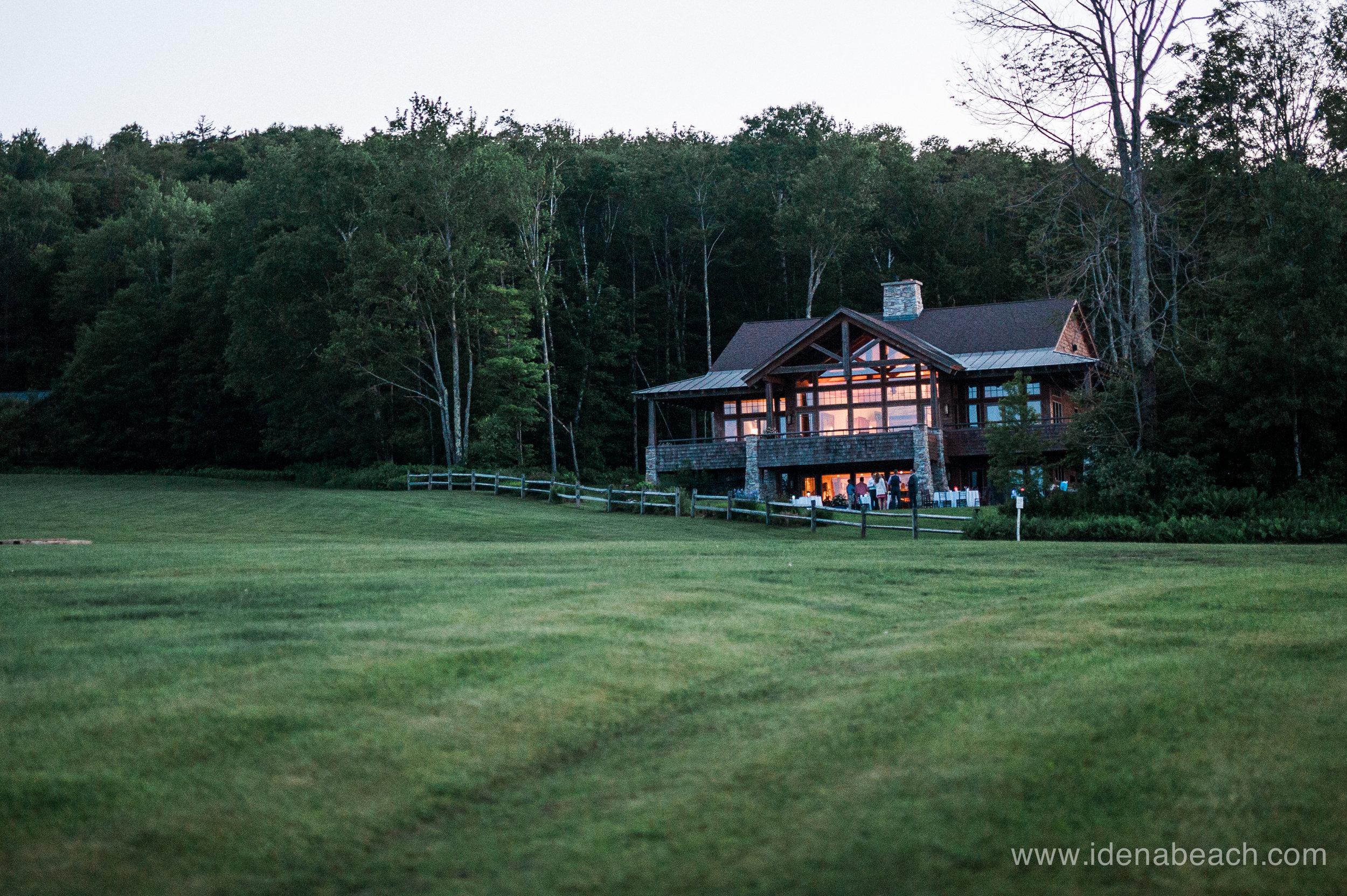 Mountain-Top-Inn-Vermont-Wedding-Photographer-166.jpg