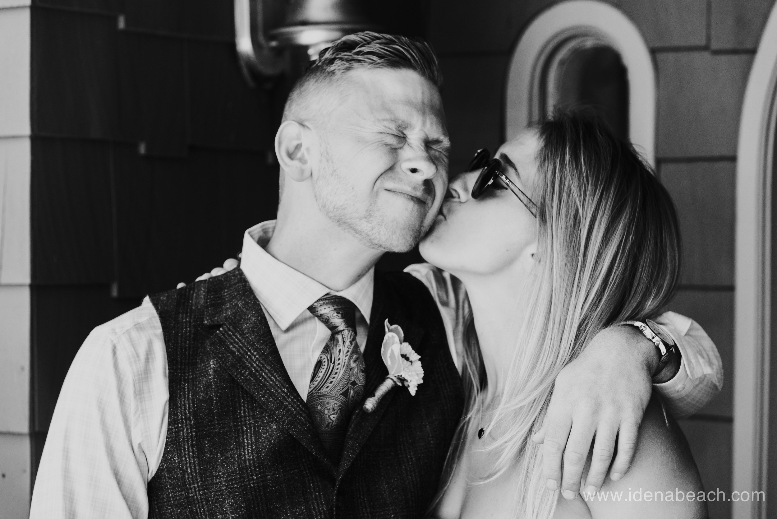 IdenaBeach-Vermont-Wedding-Photographer-Mountain-Top-Inn-16.jpg