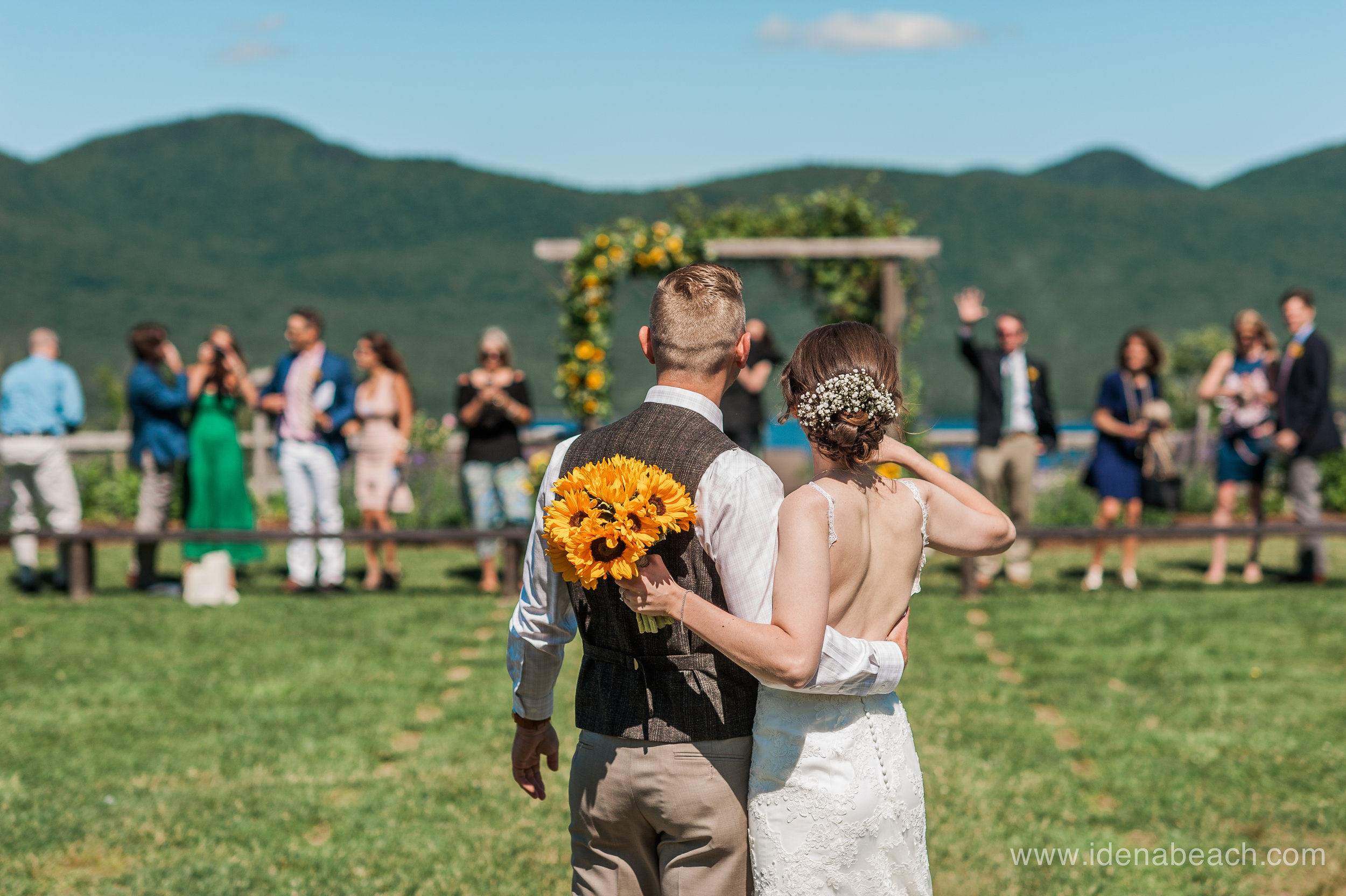 IdenaBeach-Vermont-Wedding-Photographer-Mountain-Top-Inn-41.jpg