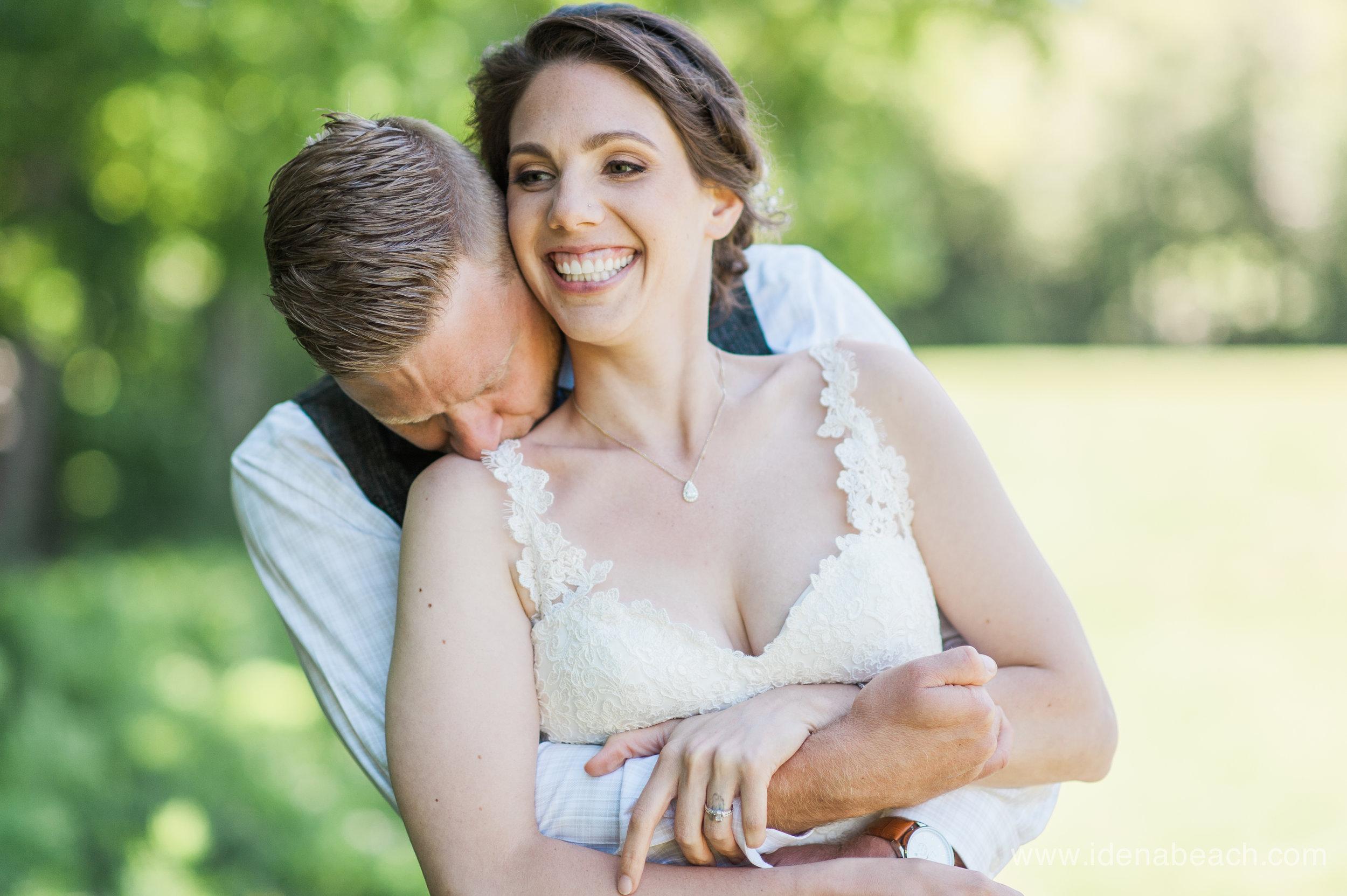 IdenaBeach-Vermont-Wedding-Photographer-Mountain-Top-Inn-56.jpg