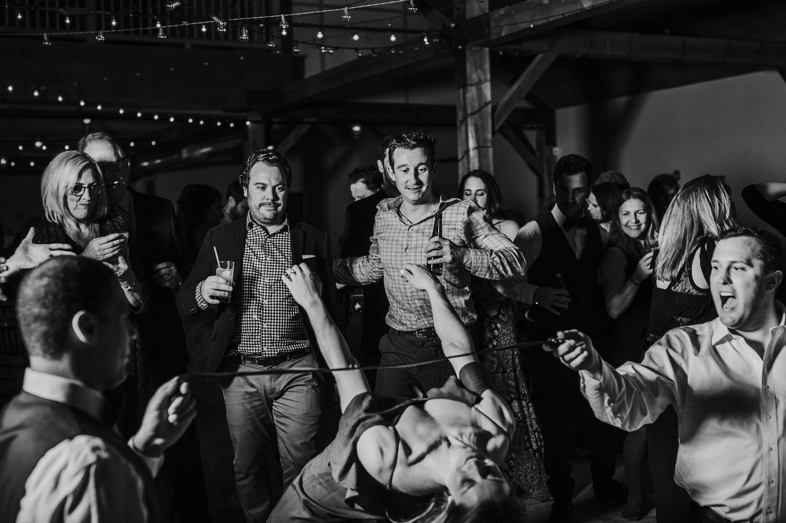 IdenaBeach-Vermont-Wedding-Photographer00152.jpg