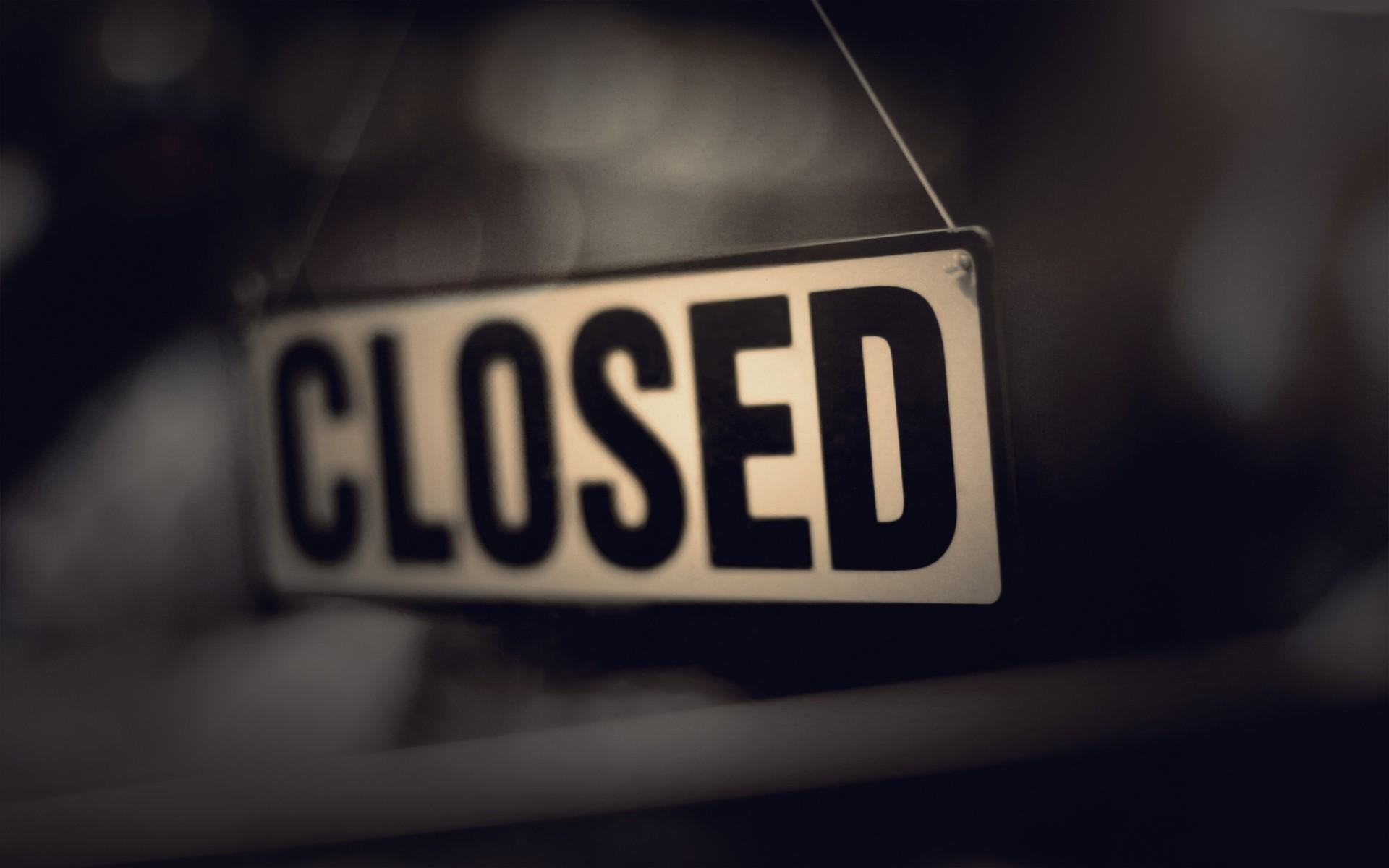 Closed-Sign-File.jpg