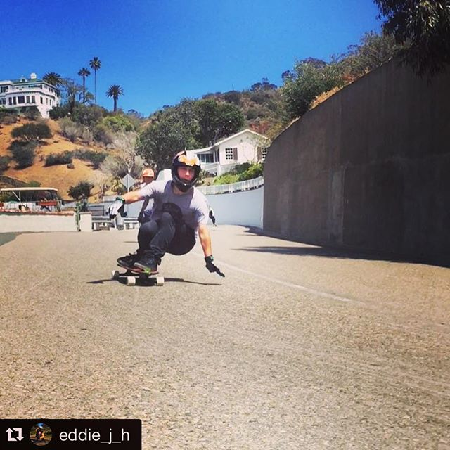Eddie Charging at the Catalina Classic #selectskateshop #palisadeslongboards #selectdistribution #longboards #downhilllongboarding #Repost @eddie_j_h with @repostapp. ・・・ Yesterday was a blast! #catalinaclassic #catalinaisland #grindskateshop #secondcorner PC: @jqcatalina