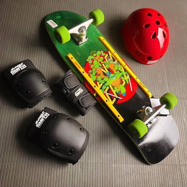 Even Michaelangelo the skateboarding ninja turtle knew he needed a fresh set of pads to avoid the #Scabs. 🍕🍕🍕 power!  Thank you @drunkschooldist for the fresh feature.