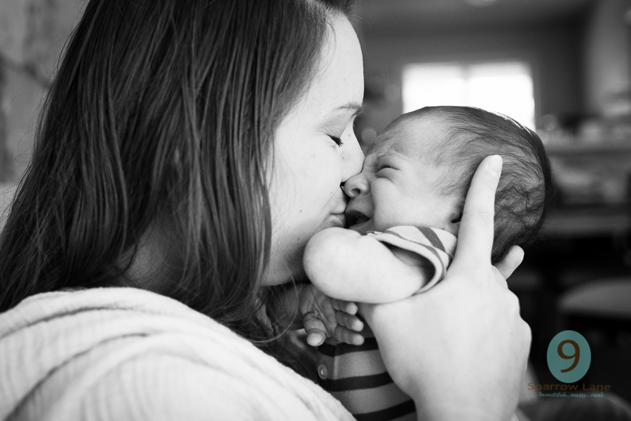 Motherhood deserves to be celebrated and captured in all it's raw beauty.
