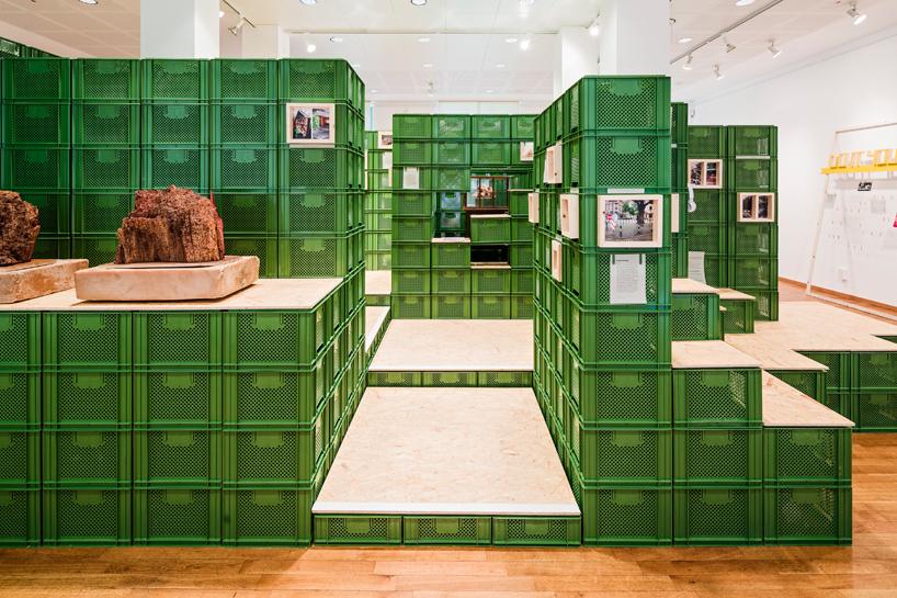 yalla-yalla-exhibition-helden-der-stadt-germany-designboom-06.jpg