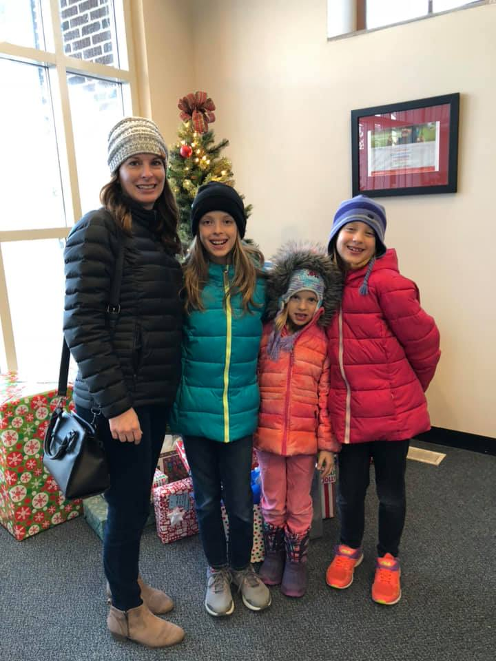 Sponsoring a family at Youth and Shelter Services Ames 2018